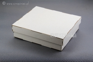 Pudełko na album 15x15 cm z bogatym zdobieniem (DIY)